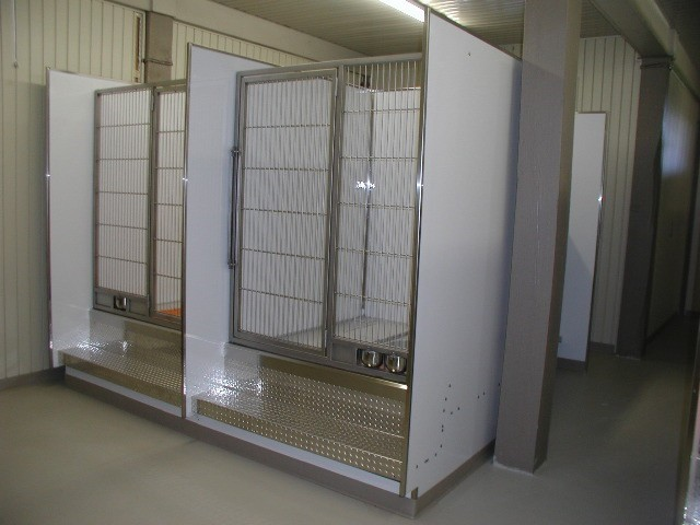Customer built portable FRP dog kennel